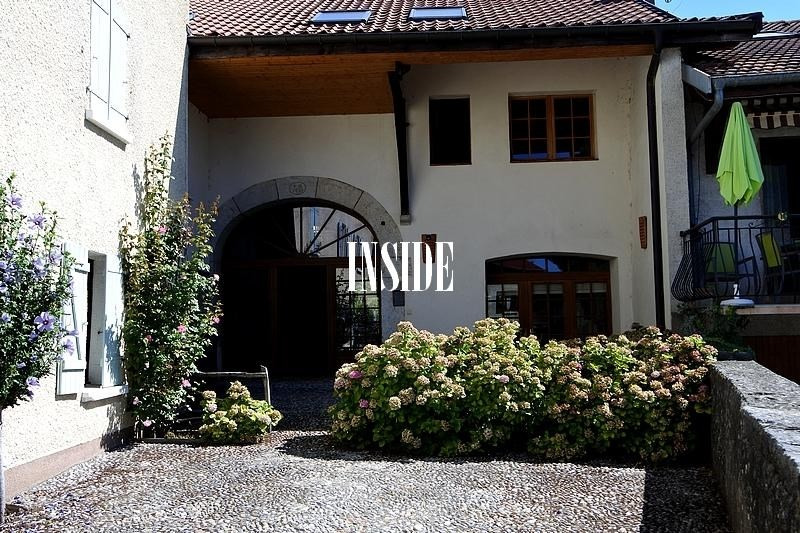 Location maison / villa Challex 2900€ CC - Photo 1