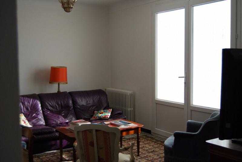 Location maison / villa Fontvieille 1080€ CC - Photo 5