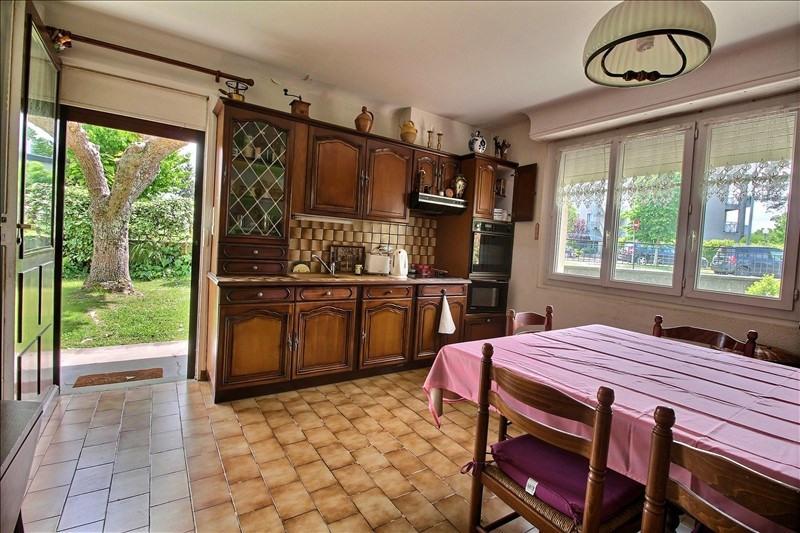 Sale house / villa Oloron ste marie 242000€ - Picture 2