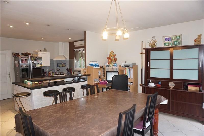 Sale house / villa St andre de cubzac 164000€ - Picture 3