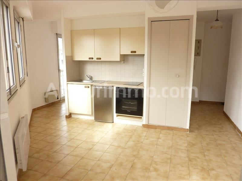Rental apartment Saint-aygulf 450€ CC - Picture 1