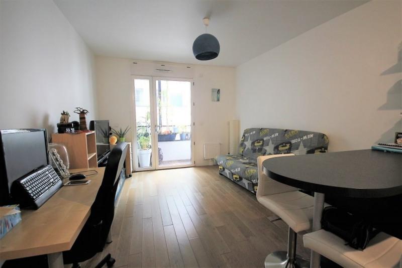 Sale apartment Paris 20ème 277000€ - Picture 3