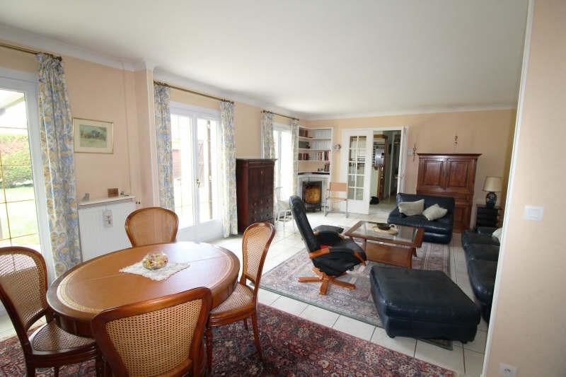 Sale house / villa Maurepas 345000€ - Picture 3