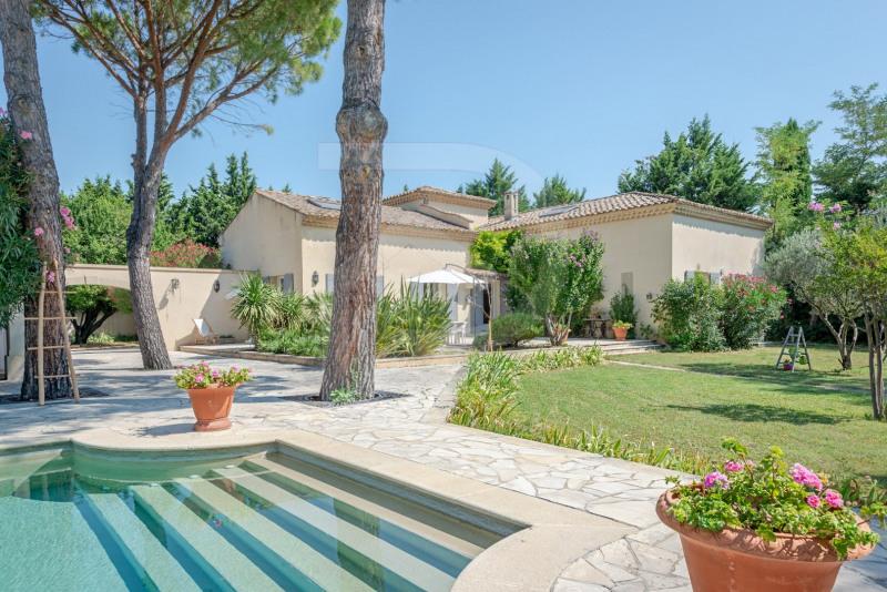 Vente de prestige maison / villa Entraigues sur la sorgue 745000€ - Photo 1