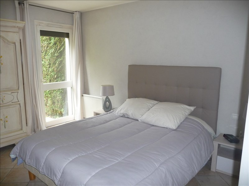 Deluxe sale house / villa St genis les ollieres 695 000€ - Picture 6