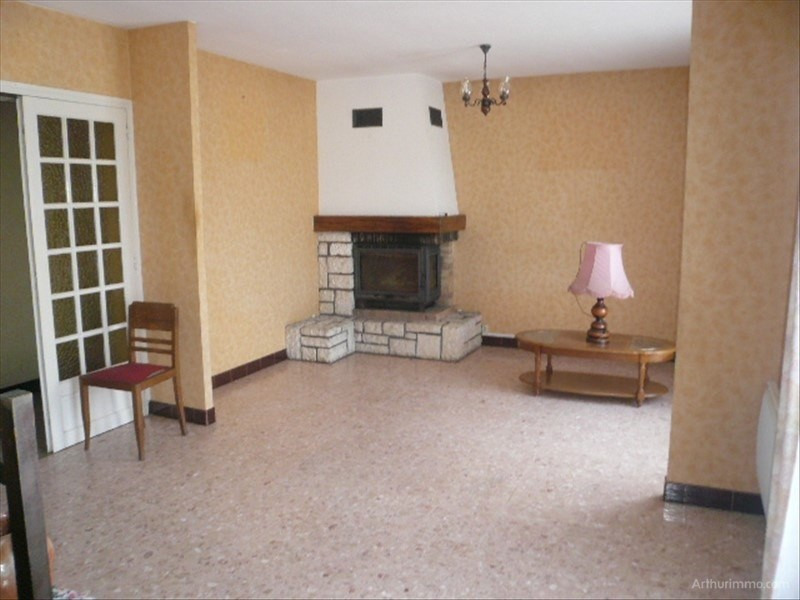 Sale house / villa St bouize 128 000€ - Picture 2