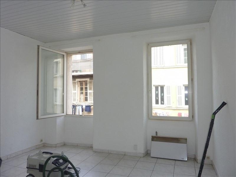 Location appartement Marseille 5ème 640€ CC - Photo 1