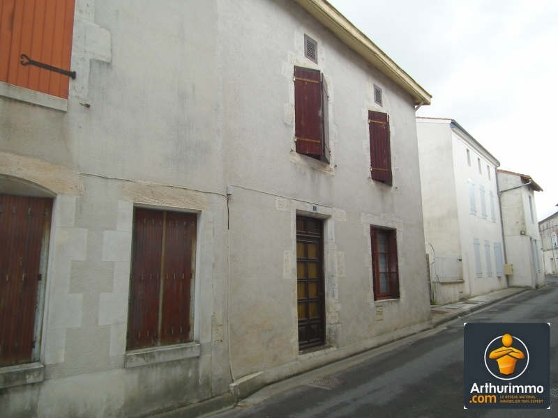Sale house / villa Matha 63 600€ - Picture 2