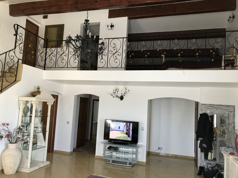 Vente maison / villa Ollioules 447000€ - Photo 2