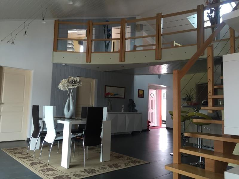 Sale house / villa Avrille 299520€ - Picture 3