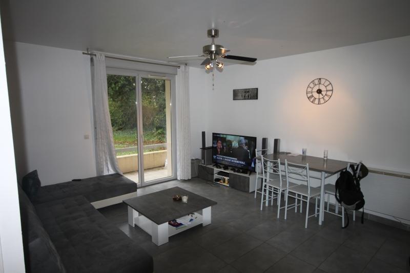 Sale apartment Oloron ste marie 82000€ - Picture 3