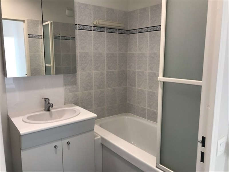 Location appartement Le port marly 890€ CC - Photo 5