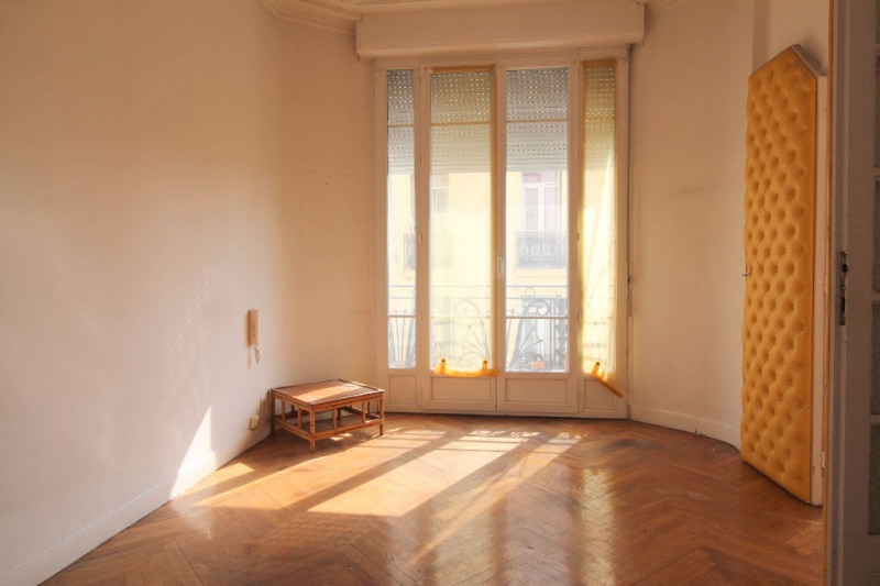 Sale apartment Nice 175 000€ - Picture 4