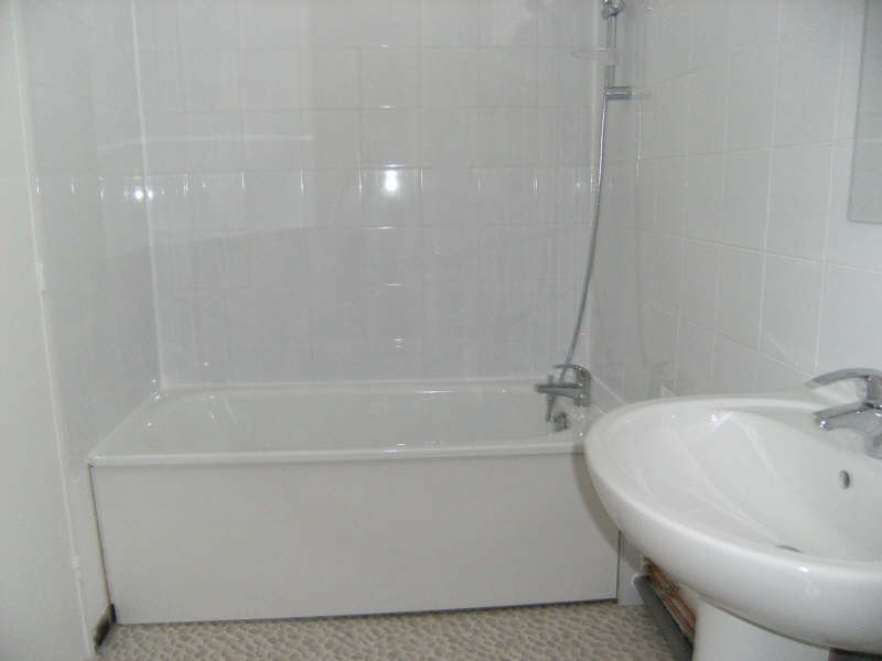 Location appartement Chatou 848€ CC - Photo 3