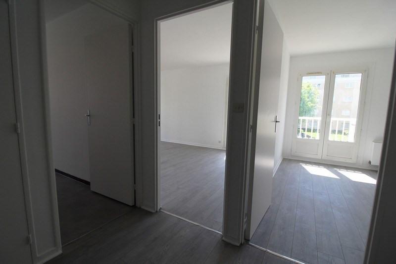 Sale apartment Elancourt 150000€ - Picture 3