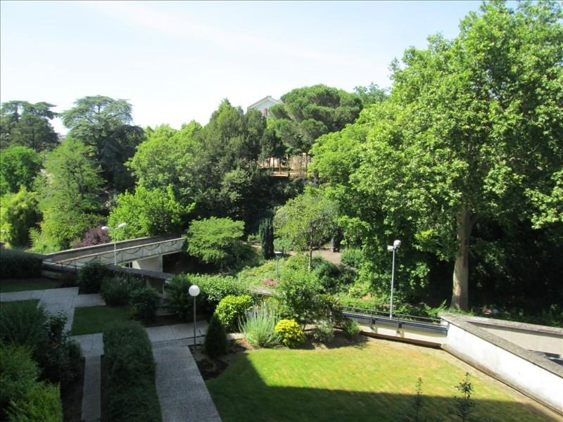 Location appartement Cholet 363€ CC - Photo 1