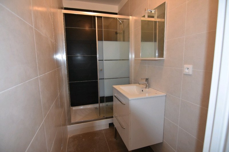 Location appartement Neuilly en thelle 730€ CC - Photo 4