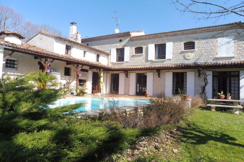 Deluxe sale house / villa Royan 774 800€ - Picture 1