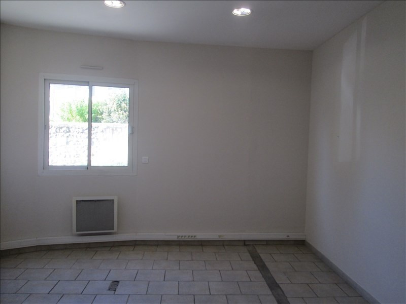 Location local commercial Carpentras 1300€ HT/HC - Photo 5