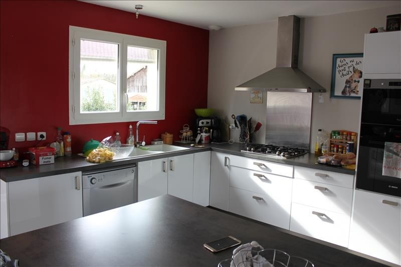 出售 住宅/别墅 La reole 176100€ - 照片 4