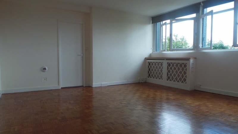 Rental apartment Asnieres sur seine 951€ CC - Picture 1