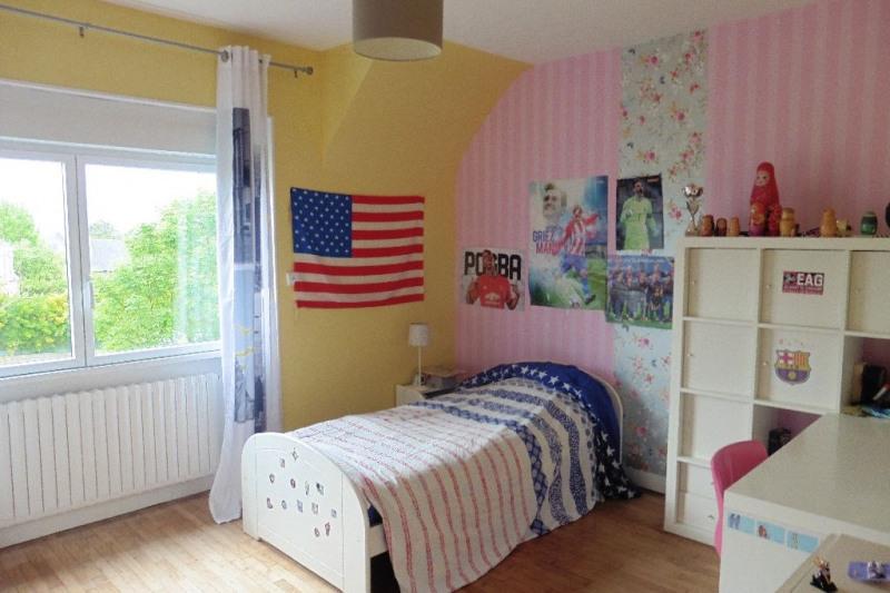 Sale house / villa Ploneour lanvern 180200€ - Picture 6