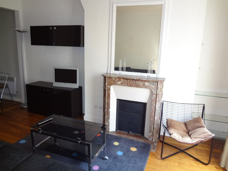 Location appartement Paris 16ème 1 400€ CC - Photo 6
