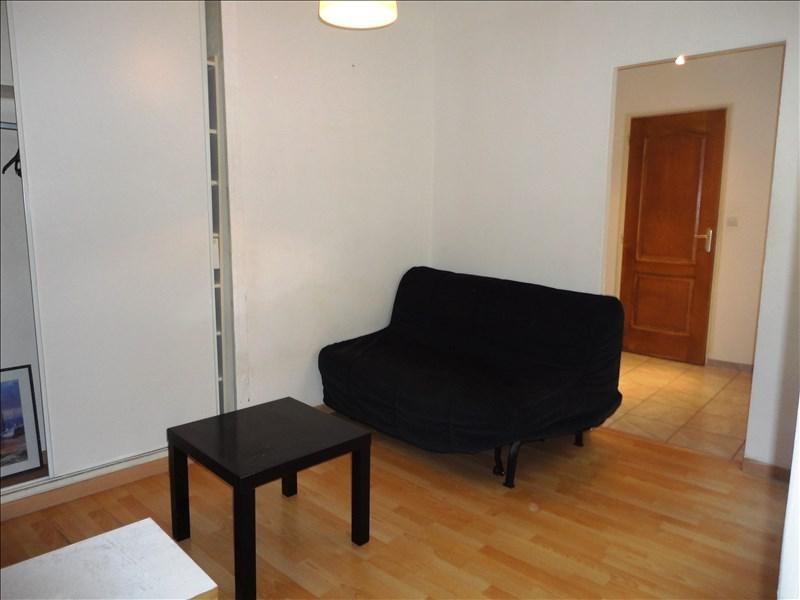 Location appartement Toulon 320€ CC - Photo 2