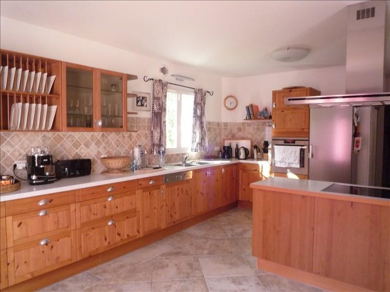 Location maison / villa Aix en provence 2300€ CC - Photo 3