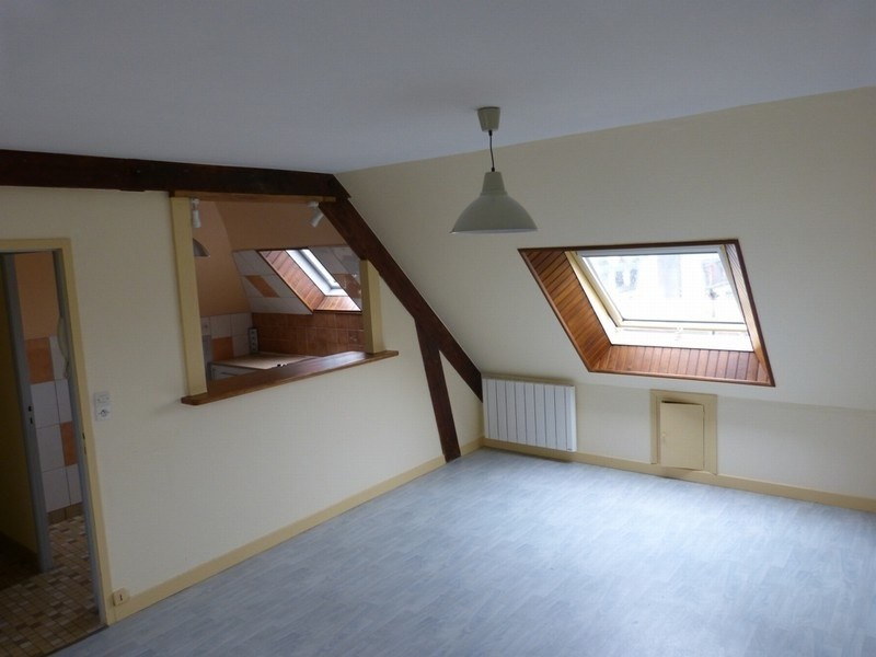 Location appartement Coutances 380€ CC - Photo 1