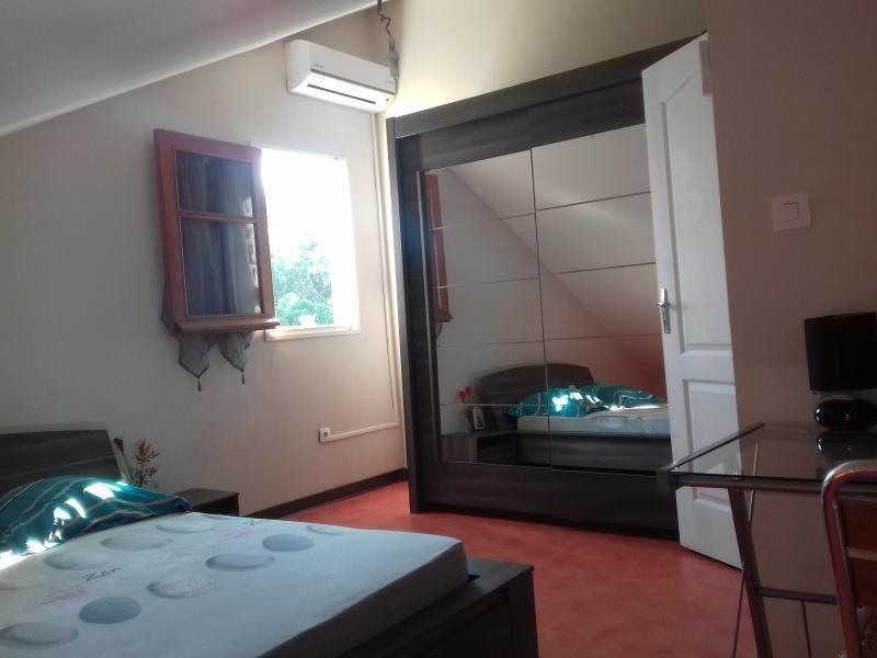 Sale house / villa La riviere 220000€ - Picture 7