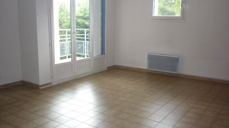 Location appartement Aix en provence 880€ CC - Photo 3