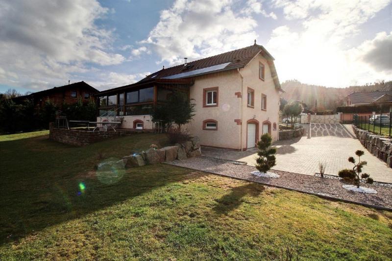 Vente maison / villa Taintrux 330750€ - Photo 1