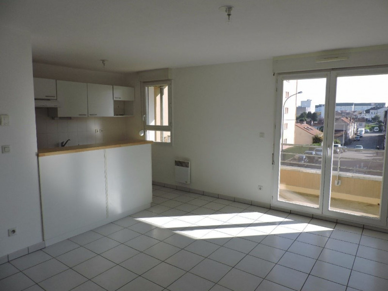 Location appartement Limoges 562€ CC - Photo 2