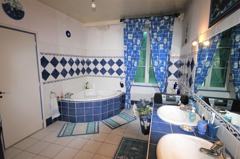 Sale house / villa Oloron ste marie 420000€ - Picture 9