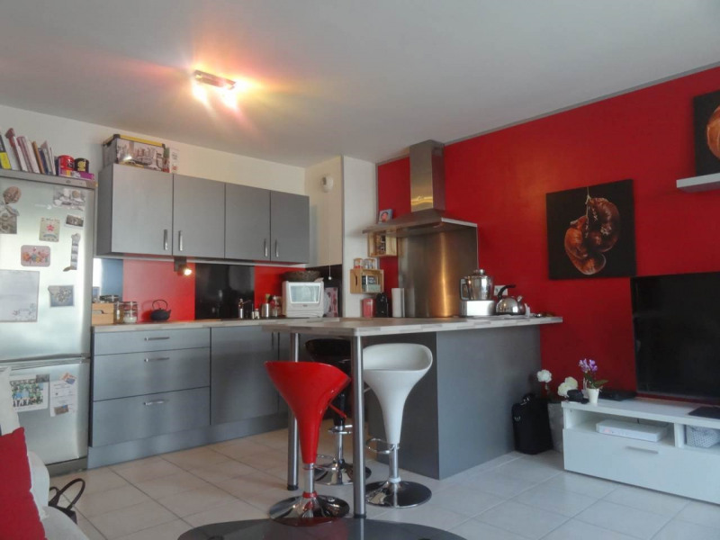 Sale apartment Vetraz-monthoux 196 000€ - Picture 2