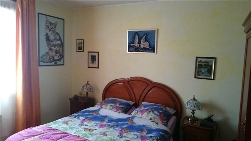 Sale house / villa Villeneuve l'archev 180000€ - Picture 5