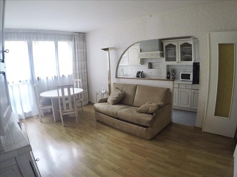Rental apartment Paris 11ème 1590€ +CH - Picture 1
