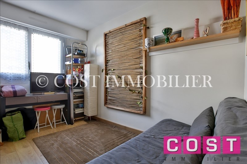 Deluxe sale apartment Courbevoie 1 050 000€ - Picture 11