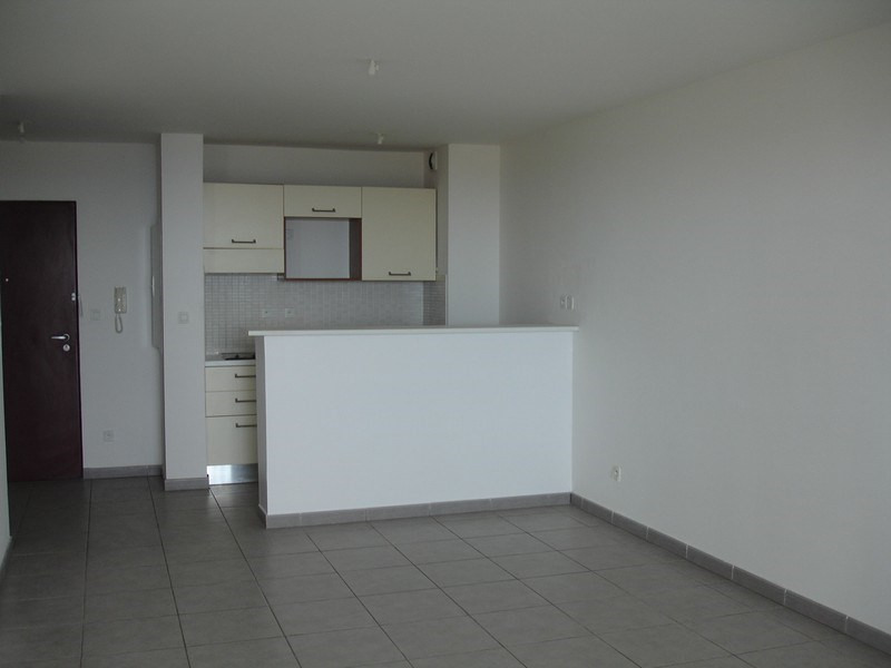 Vente appartement Ste clotilde 104 000€ - Photo 2