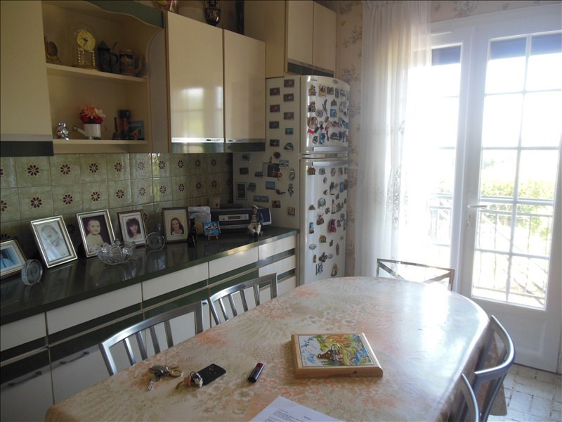 Sale house / villa Grand couronne 168 000€ - Picture 4