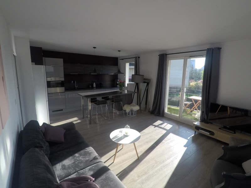 Sale apartment Courbevoie 384000€ - Picture 1