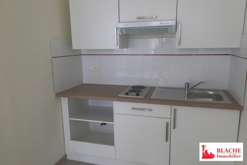 Rental apartment Loriol-sur-drôme 420€ CC - Picture 1