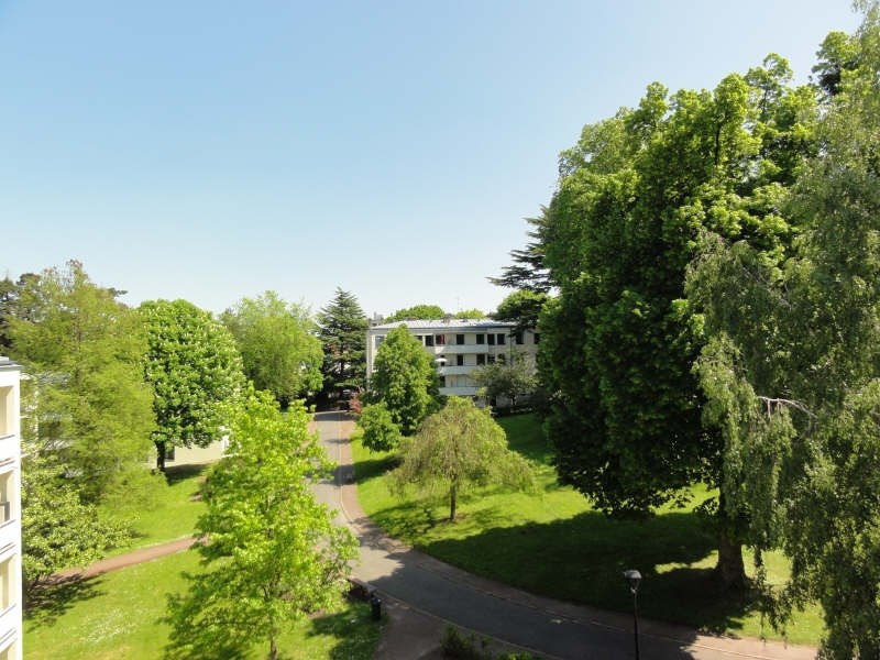 Sale apartment Louveciennes 240000€ - Picture 2