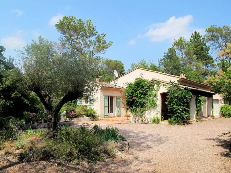 Verkauf haus Bagnols-en-forêt 590000€ - Fotografie 5