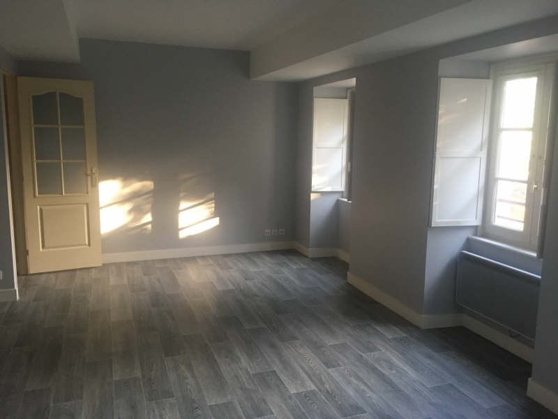 Rental apartment Poitiers 690€ CC - Picture 1