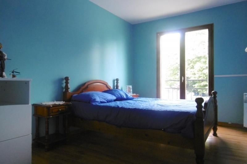 Sale house / villa Noisy le grand 359000€ - Picture 4