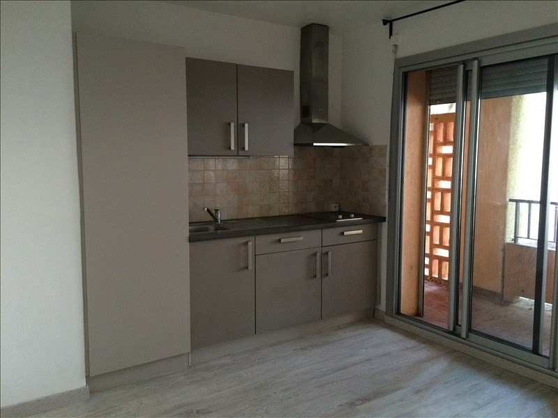 Investment property apartment Salon de provence 109000€ - Picture 1