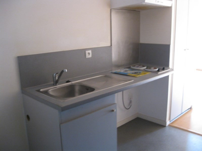 Location appartement Grisolles 389€ CC - Photo 1