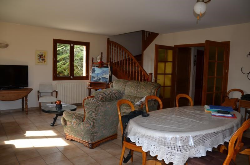 Sale house / villa St just chaleyssin 390000€ - Picture 6